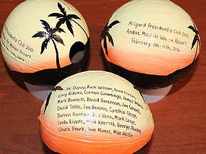 unique memento coconuts