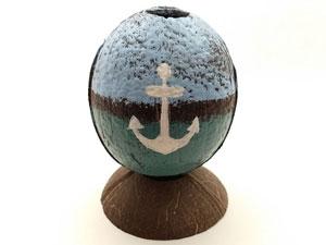 Wholesale store inventory nautical painted souvenir coconut.